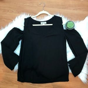 Cloth & Stone Black Cold Shoulder Long Sleeve Tee